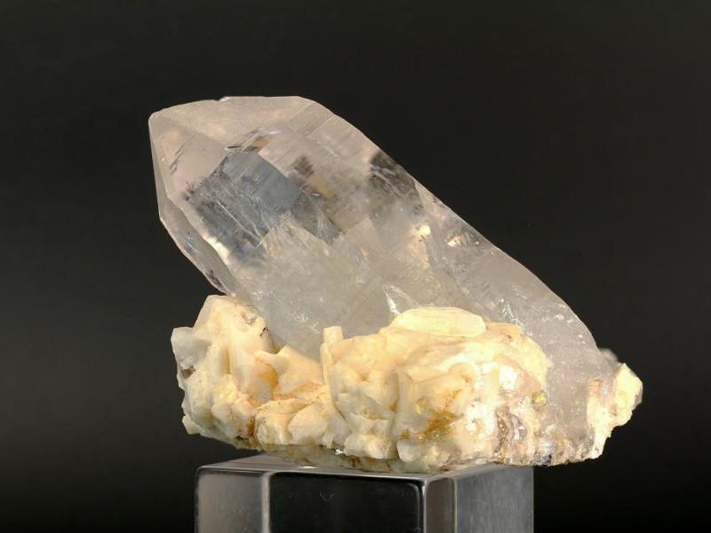 Bergkristall mit Periklin
