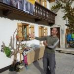 Herein spaziert, Gerhard freut sich über die vielen Besucher.