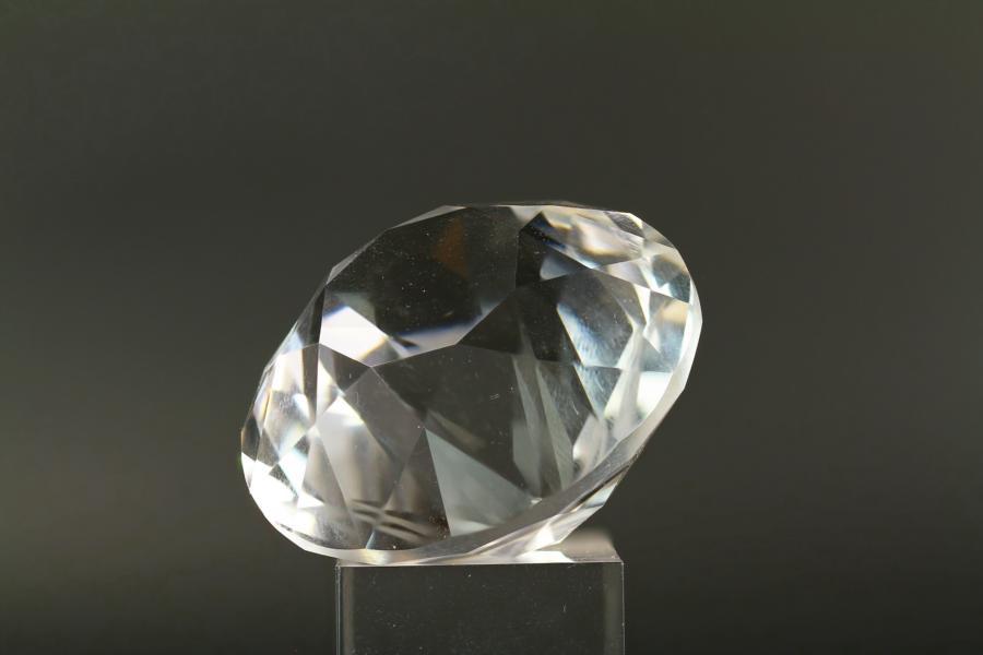Facettierter Bergkristall aus der Speibingklamm.
